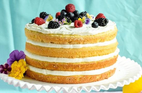 Торт из бисквитных коржей: лучшие рецепты на каждый день