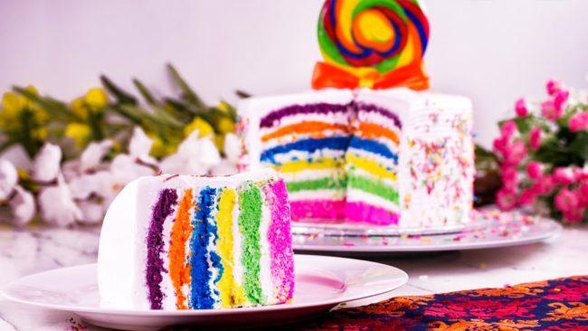 Разноцветные бисквиты